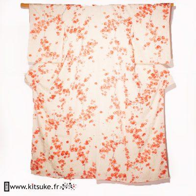 Kimono blanc avec fleurs de cerisier KOMON kitsuke
