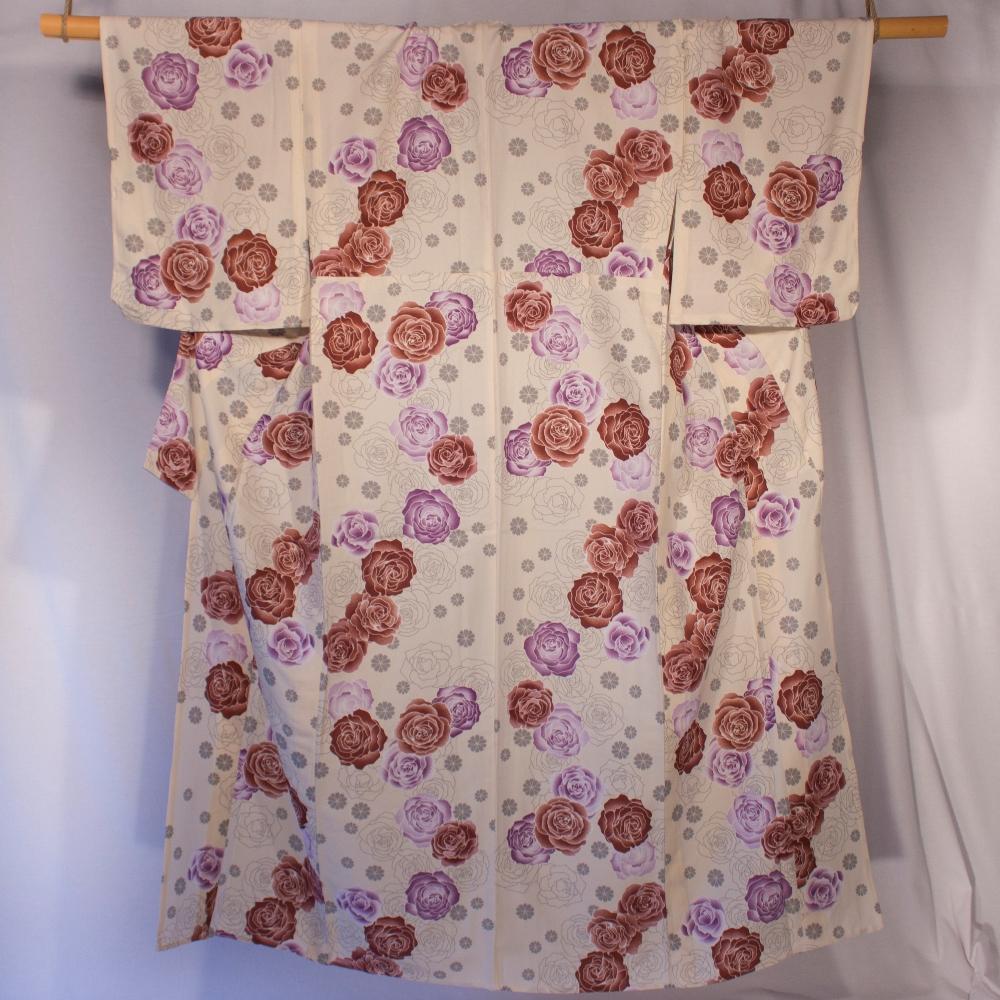 Yukata pink and dark red on beige background pink flower pattern kitsuke