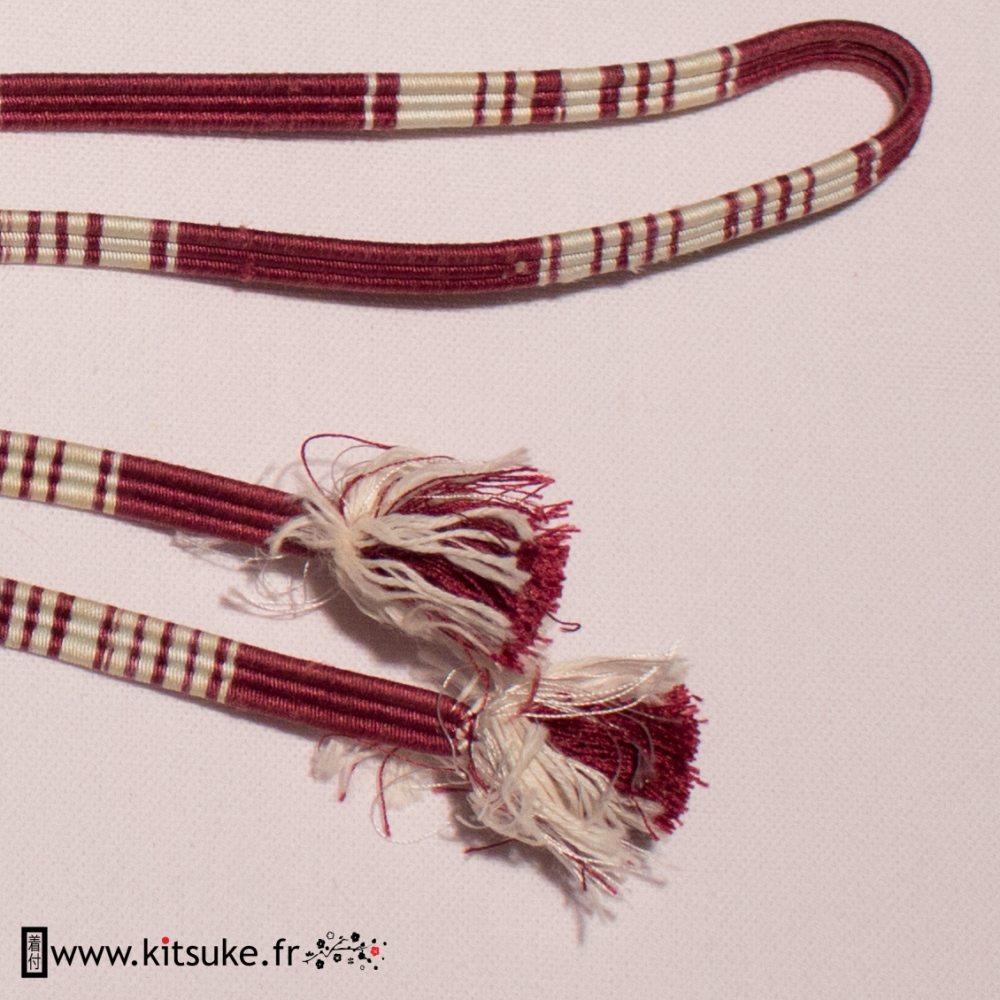 Cordon Obijime plat rouge foncé et blanc kimono kitsuke.fr